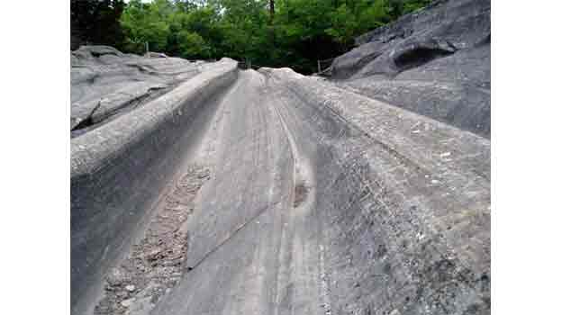 Glacial Grooves Putin Bay Ohio